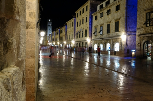 evening on Stradun